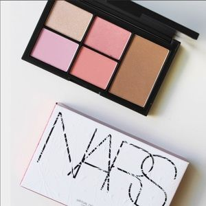 💕❤️ NARS VIRTUAL DOMINATION PALETTE ❤️BRAND NEW